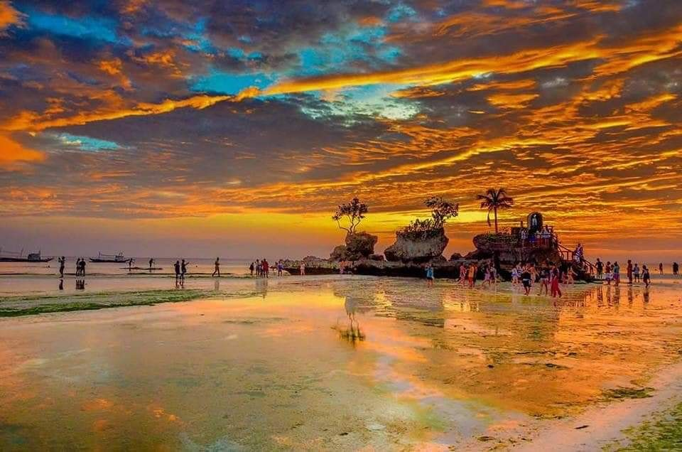 Eye-catching Sunset of Boracay