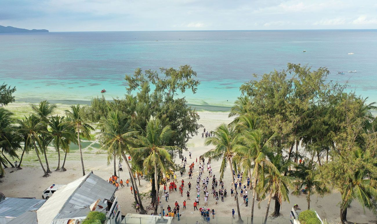 50 Organizations with hundreds of Volunteers participated in the Malay-Boracay Wide Simultaneous Clean-Up Activity